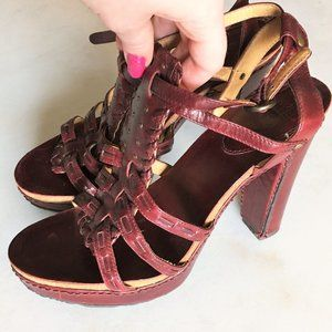 New! Frye Grace T strap leather platform sandal